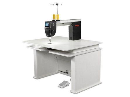 Picture of Bernina Q20 Longarm Quilting Machine - Koala Table