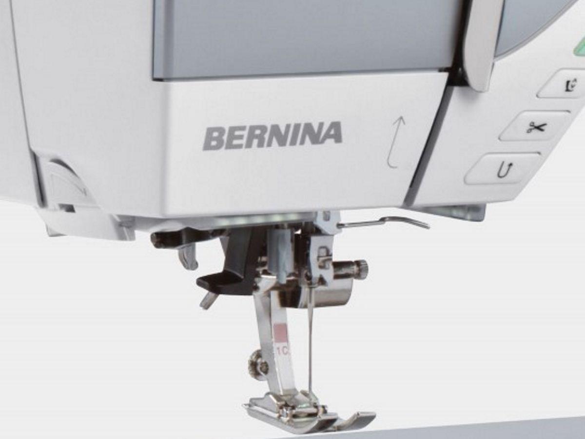 Bernina 770QE Sewing and Embroidery Machine | Sewing Machine