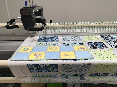 Picture of Bernina Q24 Longarm Quilting Machine Small Frame 9""